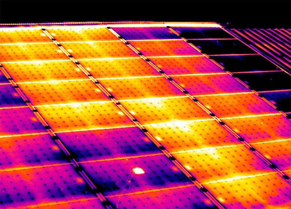 Termografia-impianto-fotovoltaico-stringa-difettosa-e-cella-guasta